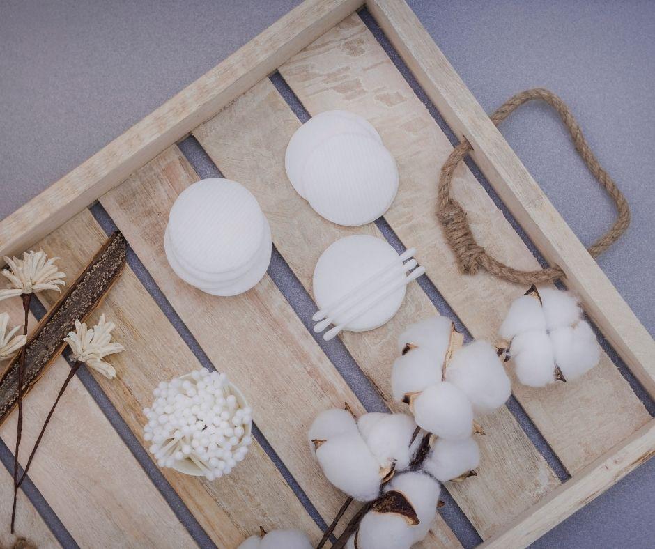 Bông cotton lau sạch mặt