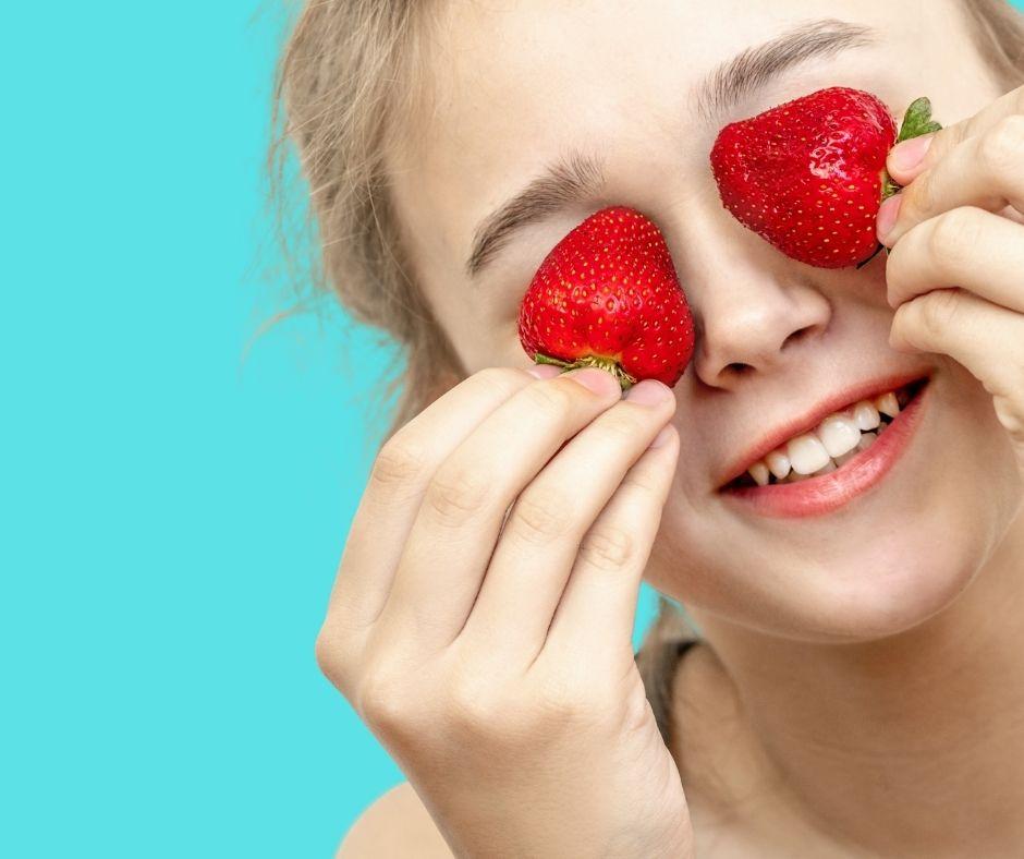 Cách trị thâm mắt liên quan đến vấn đề mạch máu