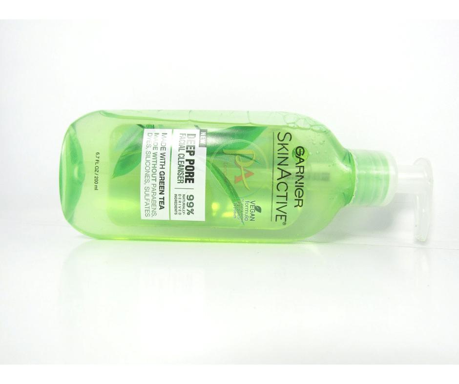 Sữa Rửa Mặt Cho Da Dầu Garnier SkinActive Deep Pore