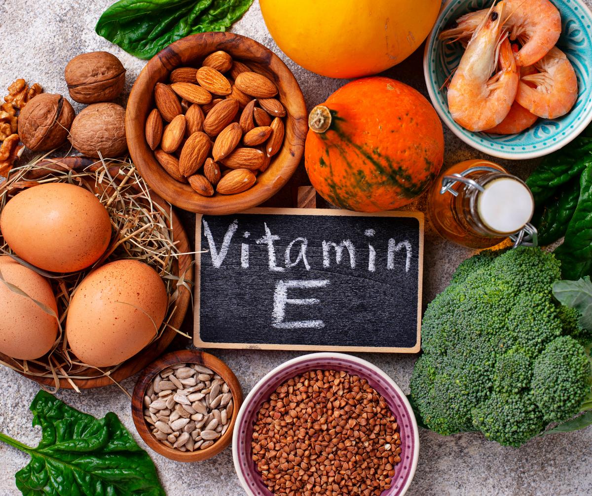 Vitamin E – Một trong những Vitamin làm đẹp da phổ biến